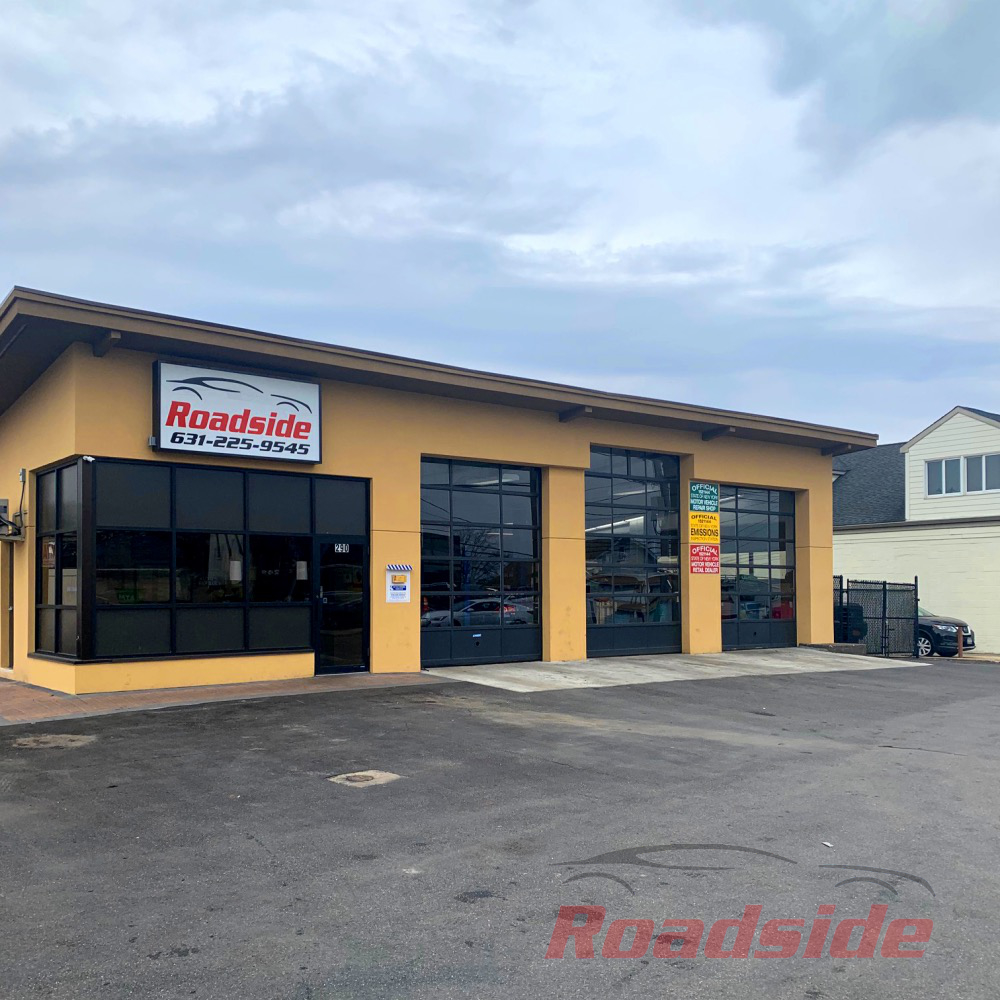 Roadside Auto shop facing Montauk Highway, Rt. 27a in Lindenhurst, NY